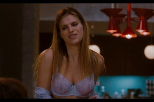 Natalie Portman hot sex in lingerie and Lake Bell sexy No Strings Attached 2011 HD 1080p BluRay REMUX 016