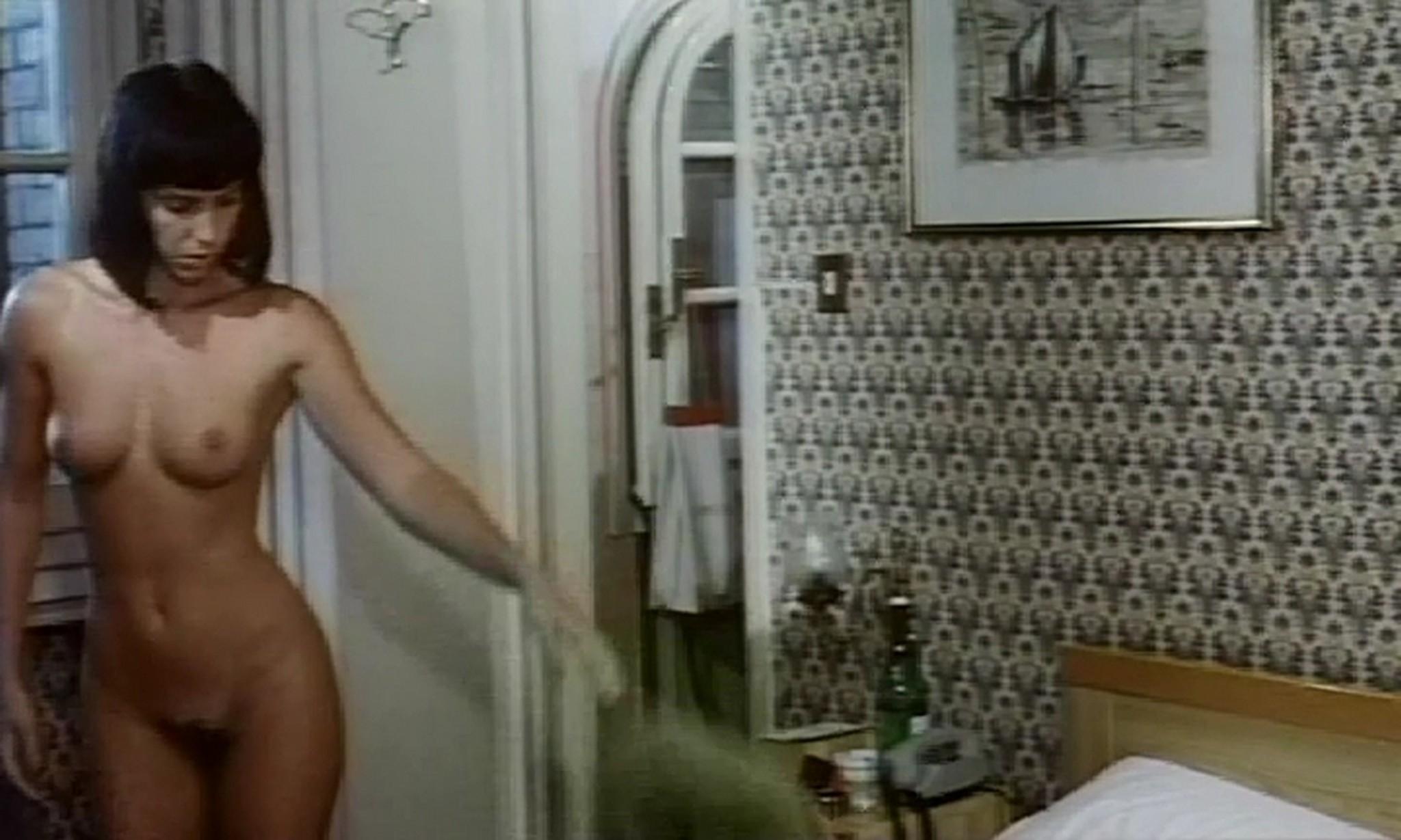 Valentine Demy nude full frontal and sex Carmen Di Pietro nude too Hard Car – Desiderio sfrenato del piacere 1990 006
