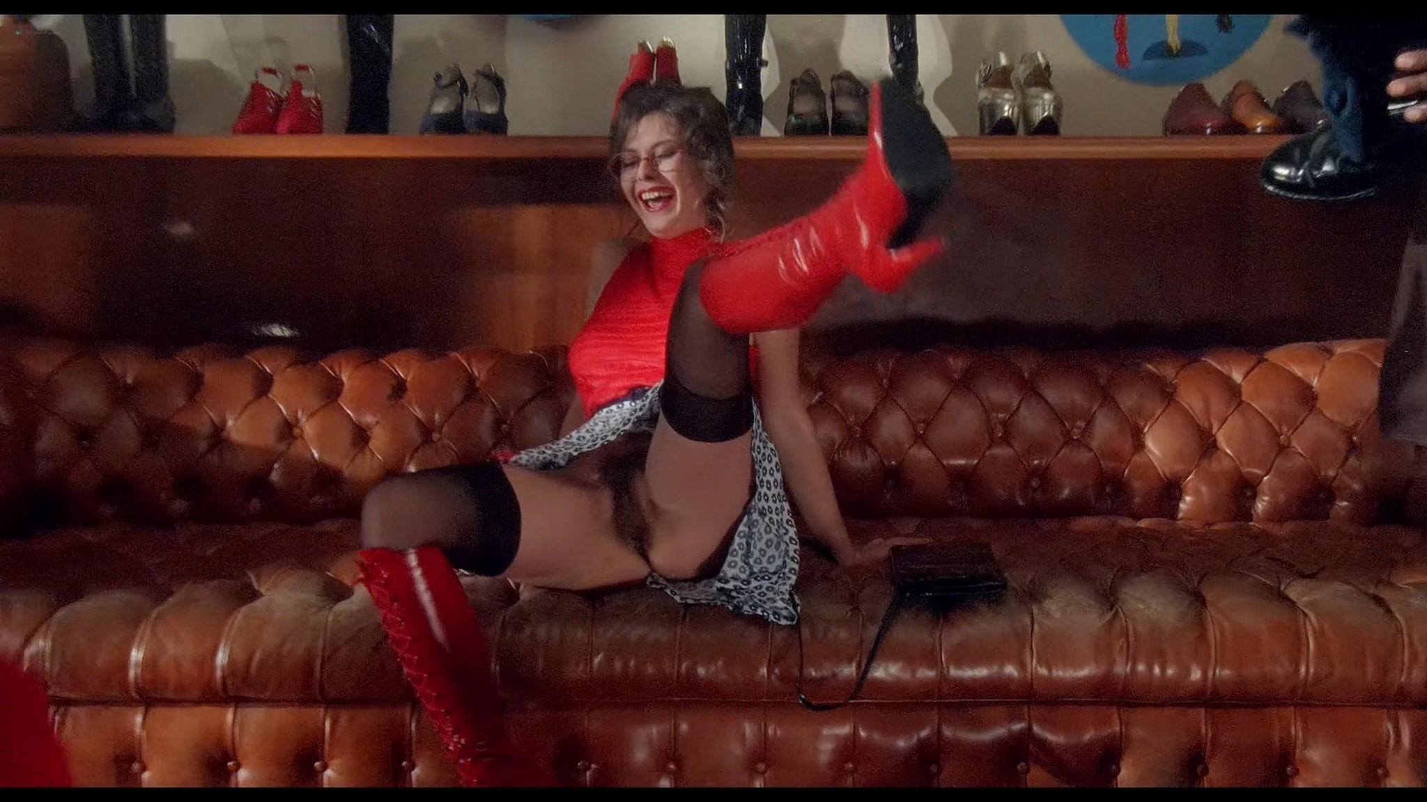 Cinzia Roccaforte nude explicit Erika Savastani and other nude sex explicit Fermo posta Tinto Brass 1995 HD 1080p BluRay 019