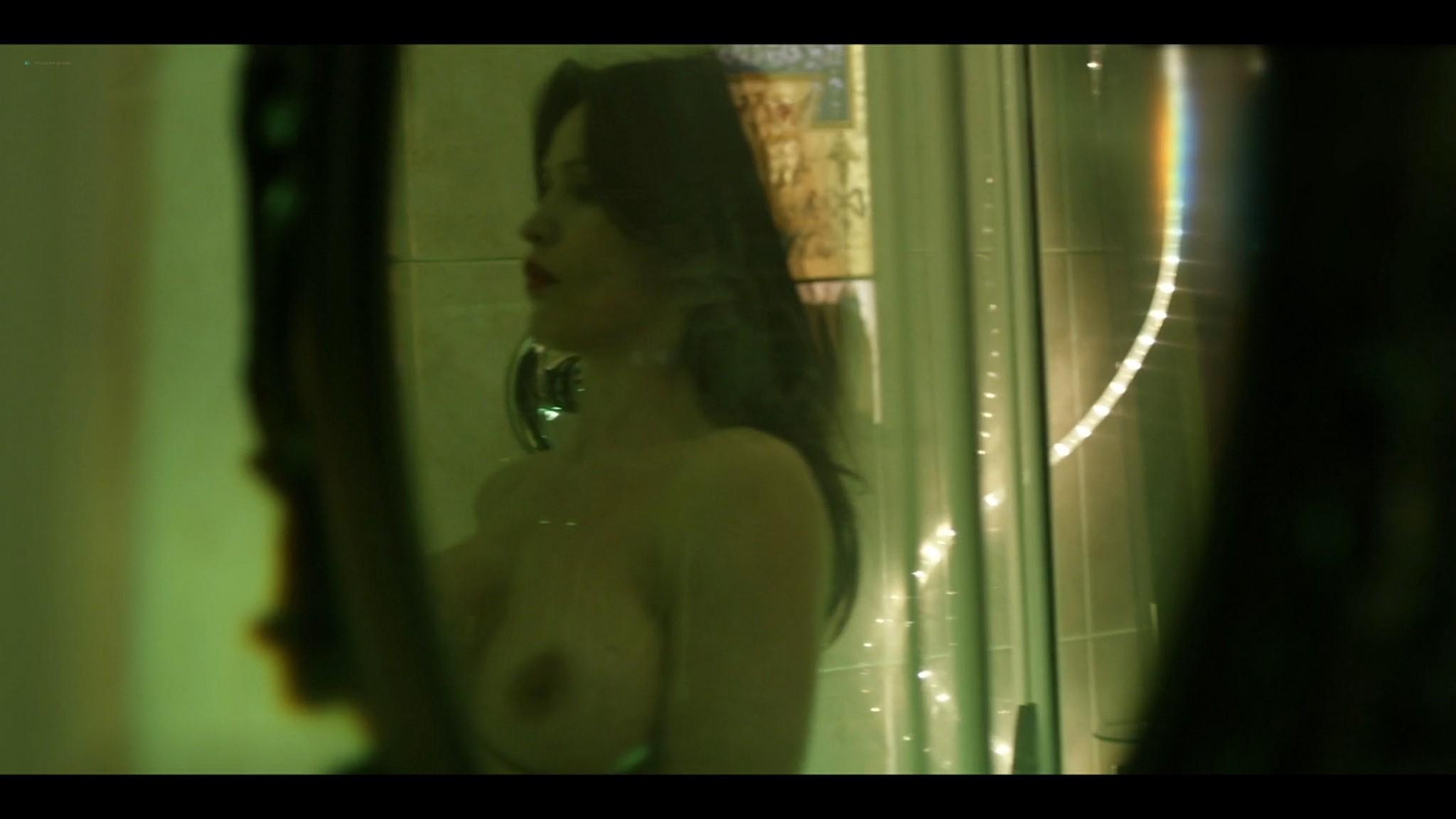 Elena Radonicich nude Yuliya Mayarchuk busty La Porta Rossa 2017 S1 HD 1080p 017