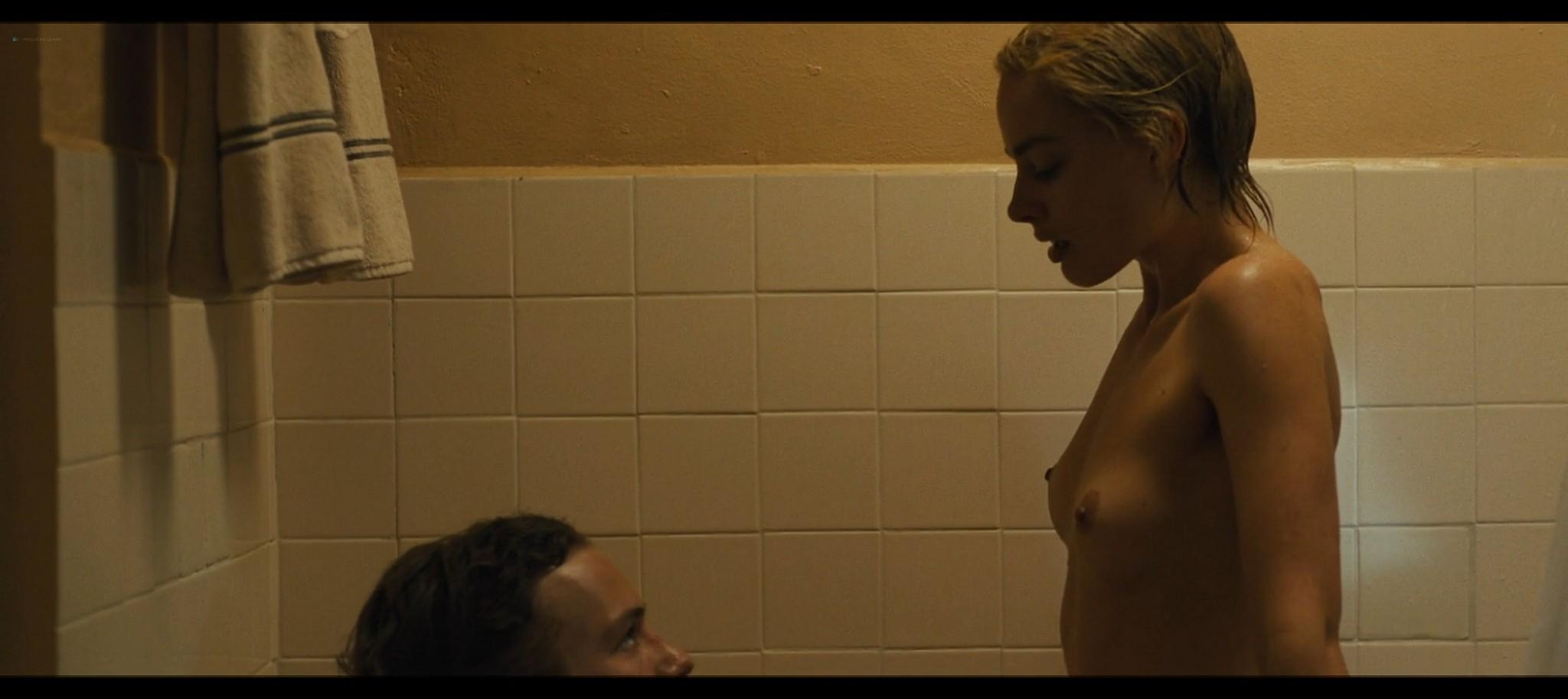 Margot Robbie nude topless Dreamland 2020 HD 1080p Web012