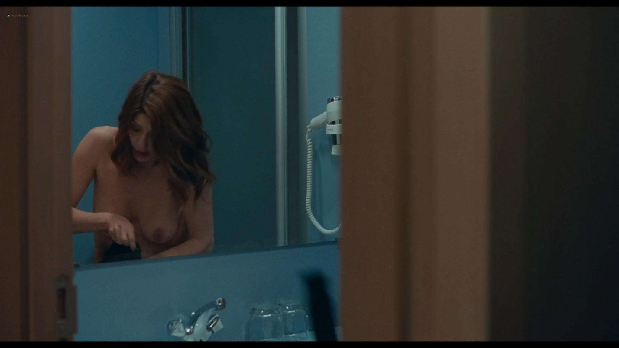 Chiara Mastroianni nude and sex Chambre 212 FR 2019 HD 1080p Web 07