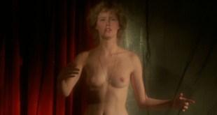 Gabrielle Lazure nude bush and boobs Cyrielle Clair hot La belle captive FR 1983 HD 1080p BluRay 11