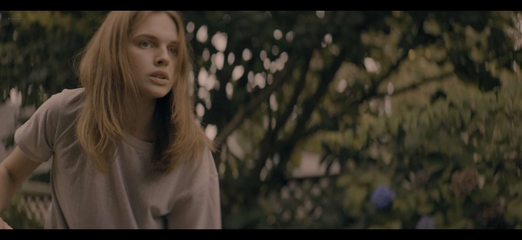 Heather Graham sex Amber Heard Odessa Young sexy The Stand 2020 s1e1 4 UHD 2160p 002