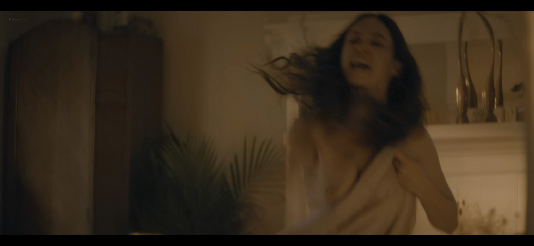 Heather Graham sex Amber Heard Odessa Young sexy The Stand 2020 s1e1 4 UHD 2160p 007