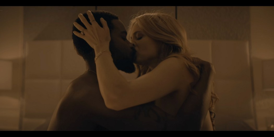 Heather Graham sex Amber Heard Odessa Young sexy The Stand 2020 s1e1 4 UHD 2160p 010