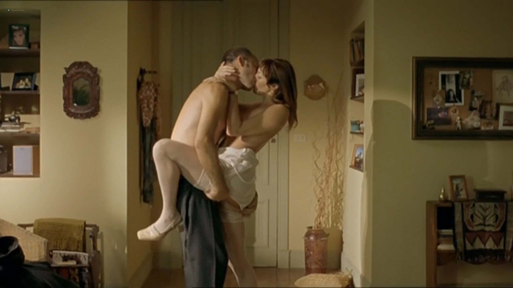 Ariadna Gil nude sex Sandra Ballesteros and other nude and sex El lado oscuro del corazon 2 AR 2001 720p 10