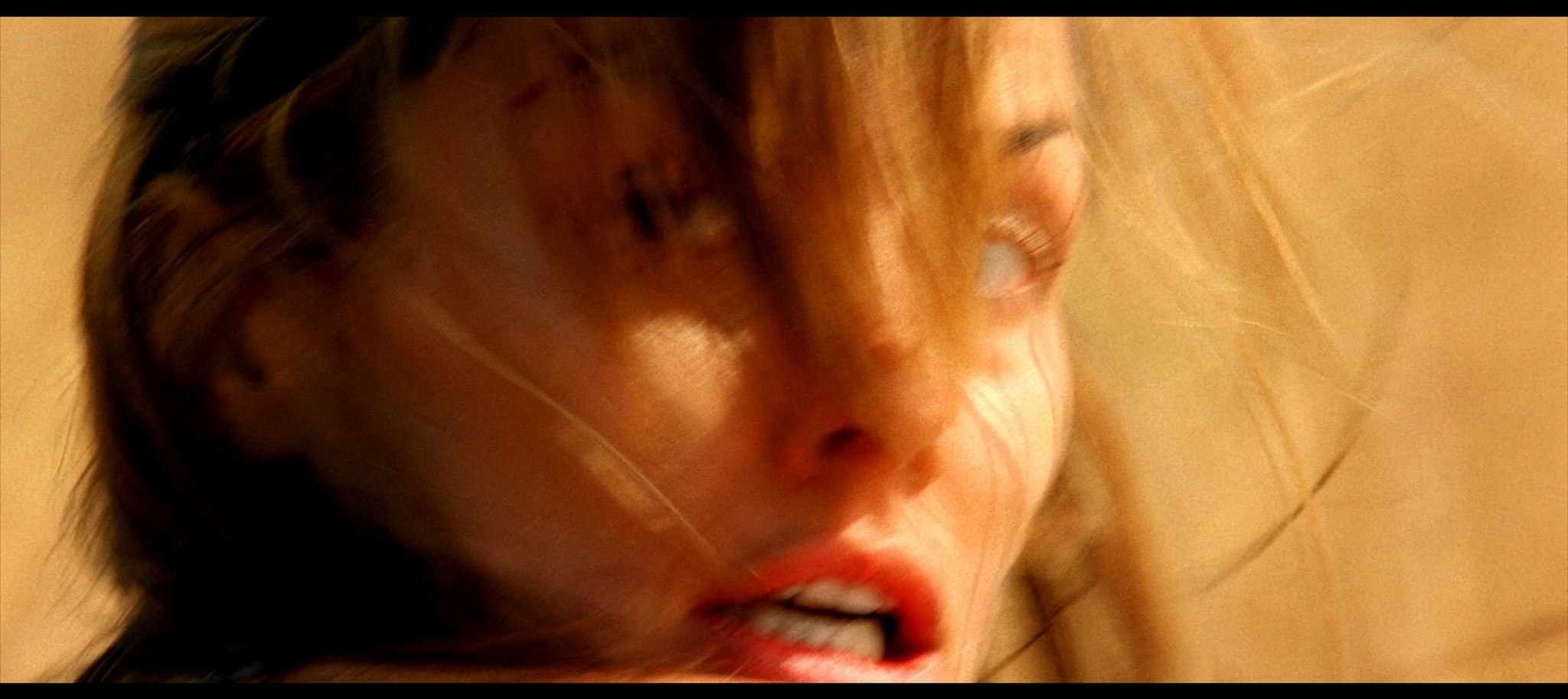 Bridget Moynahan hot and sexy Prey 2007 1080p BluRay REMUX 8