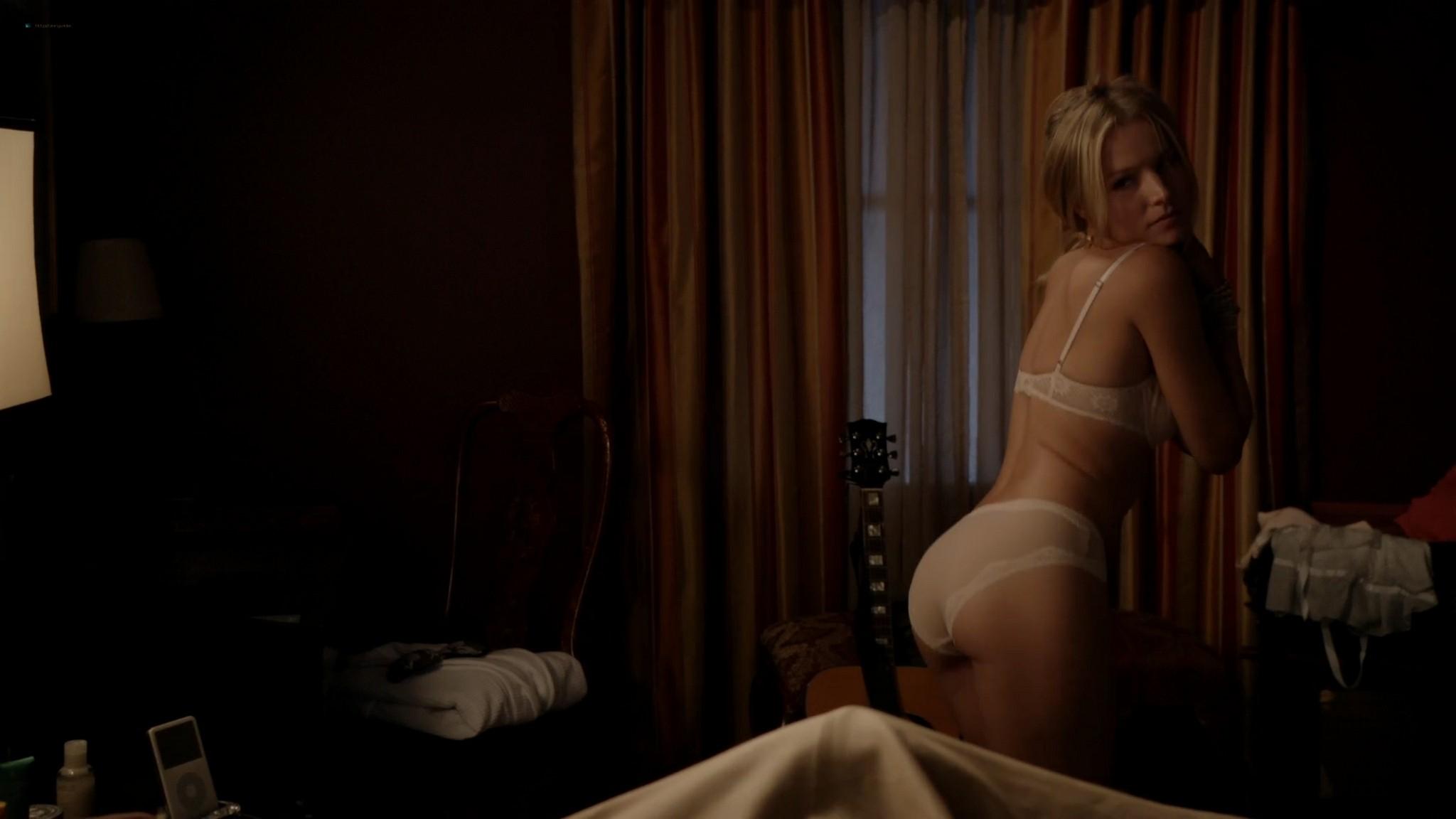 Kristen Bell hot sex Amy Landecker nude boobs House of Lies 2012 s1e3 4 1080p Web 12