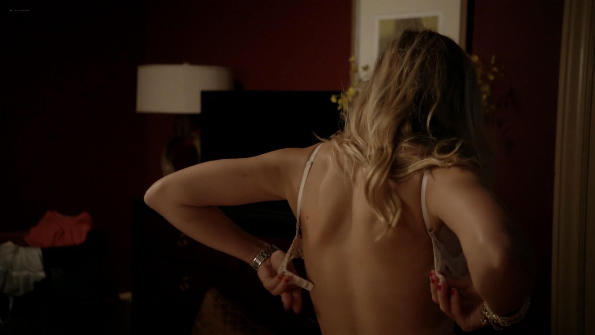 Kristen Bell hot sex Amy Landecker nude boobs House of Lies 2012 s1e3 4 1080p Web 7