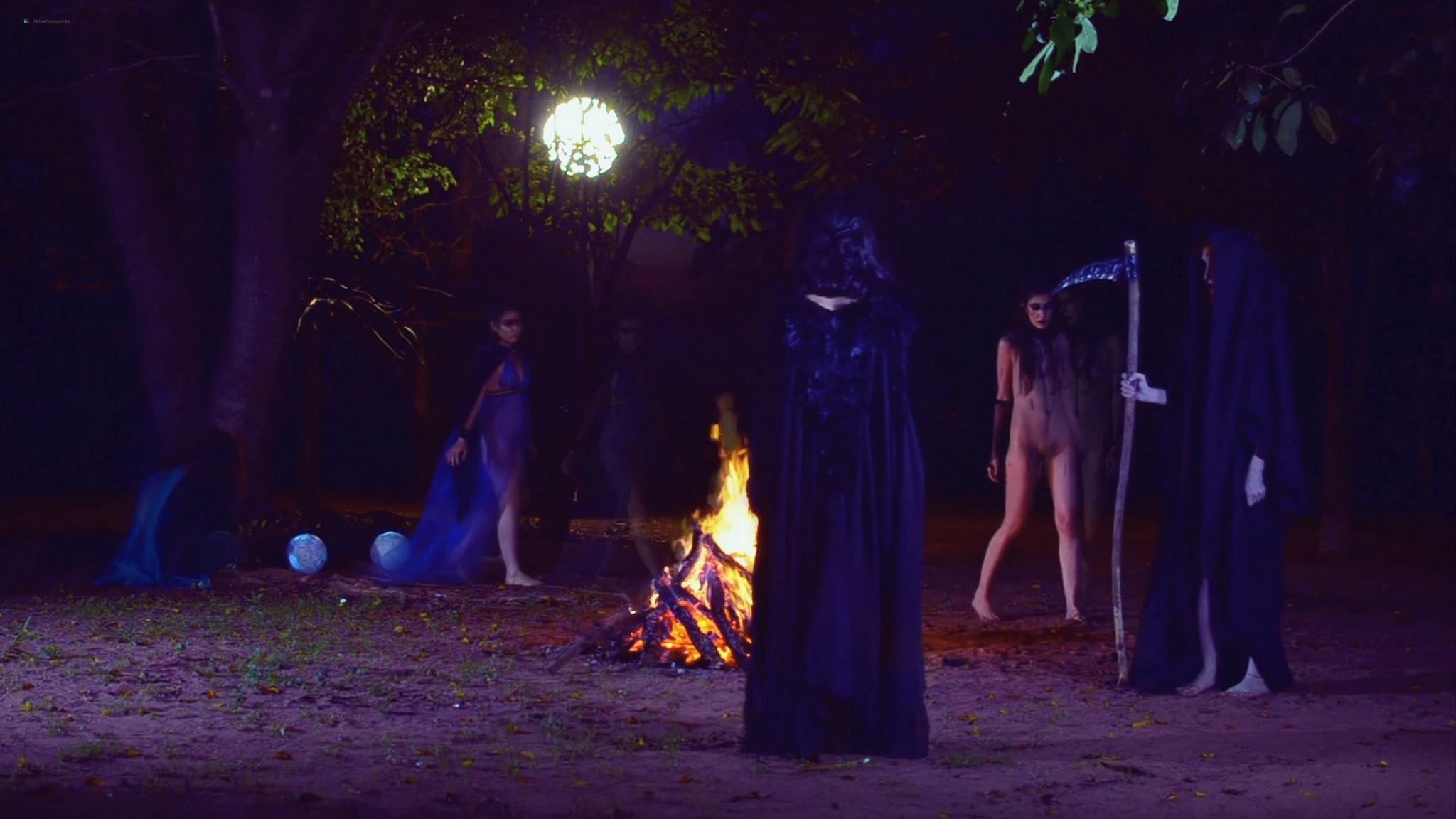 Larissa Anzoategui nude full frontal Nathalia Borioli and others nude Domina Nocturna BR 2021 1080p Web 12