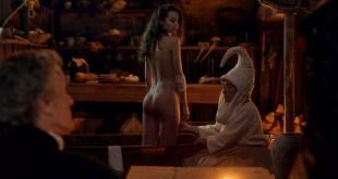 Amaia Aberasturi nude butt and topless Garazi Urkola nude Coven 2020 1080p Web 10