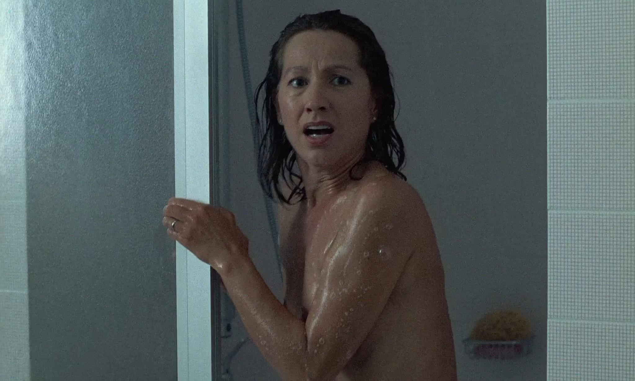Nathalie Baye nude in the shower En toute innocence FR 1988 1080p BluRay 13