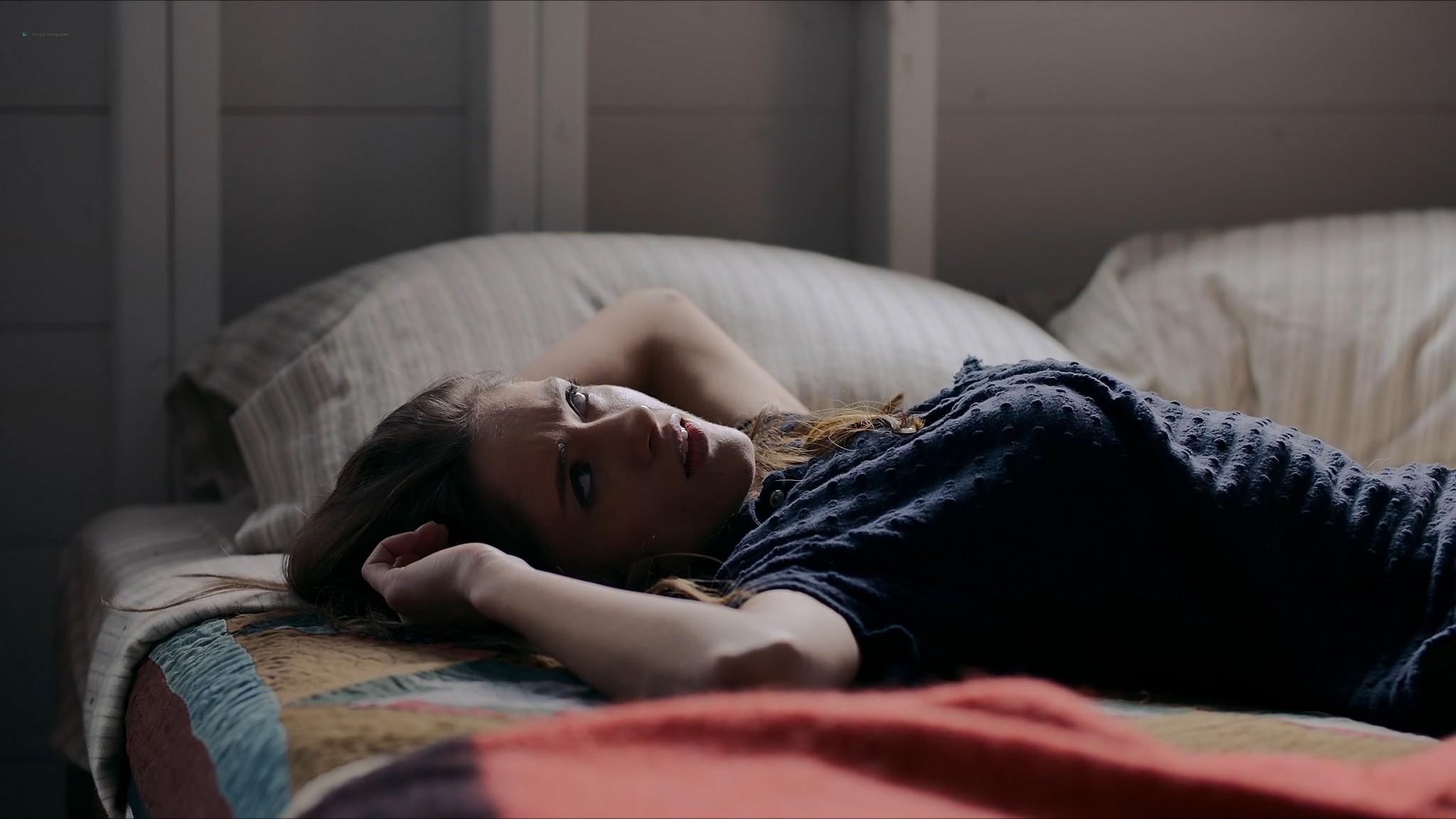 Amanda Seyfried hot Natalia Dyer sexy Things Heard Seen 2021 1080p Web 13