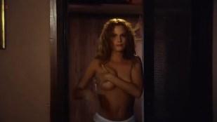 Kata Dobo nude brief topless and very hot - A miniszter félrelép (HU-1997)