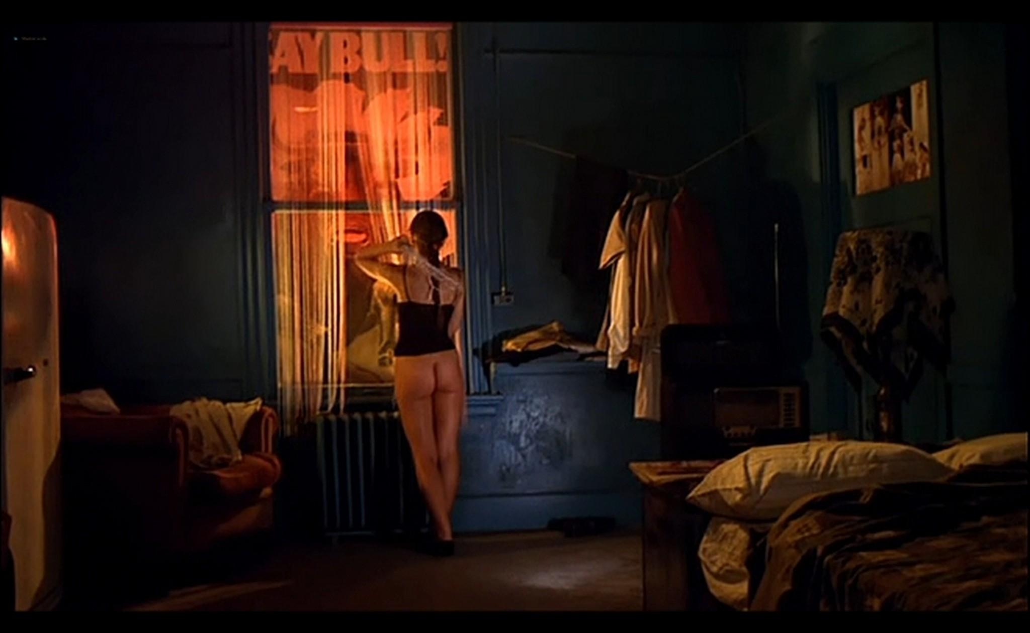 Ornella Muti nude Susan Tyrrell nude full frontal Storie Di Ordinaria Follia 1981 10