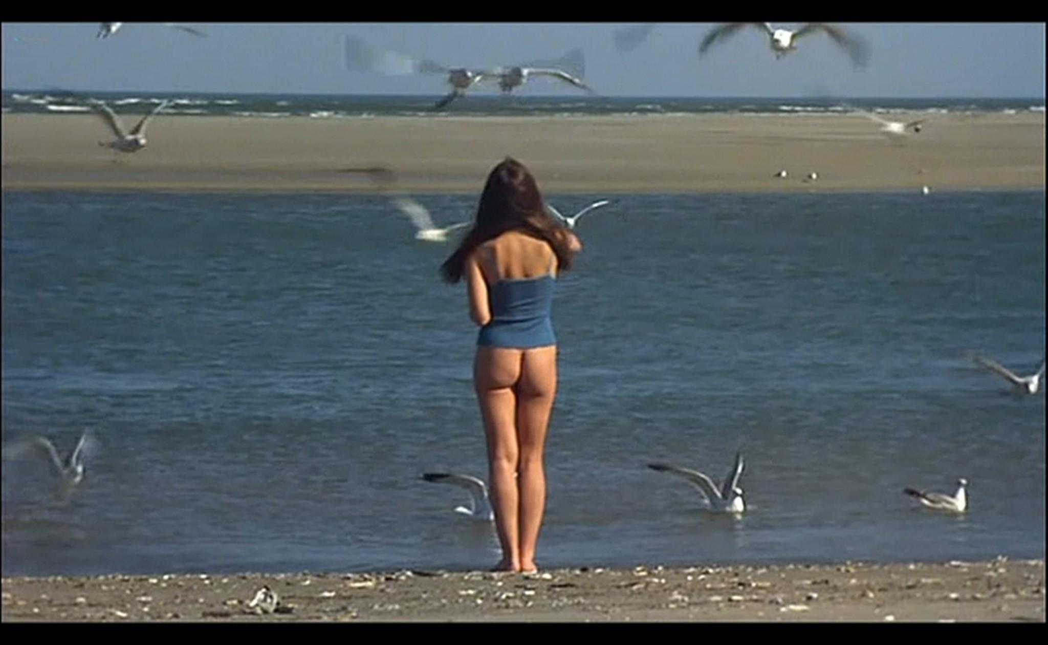 Ornella Muti nude Susan Tyrrell nude full frontal Storie Di Ordinaria Follia 1981 16