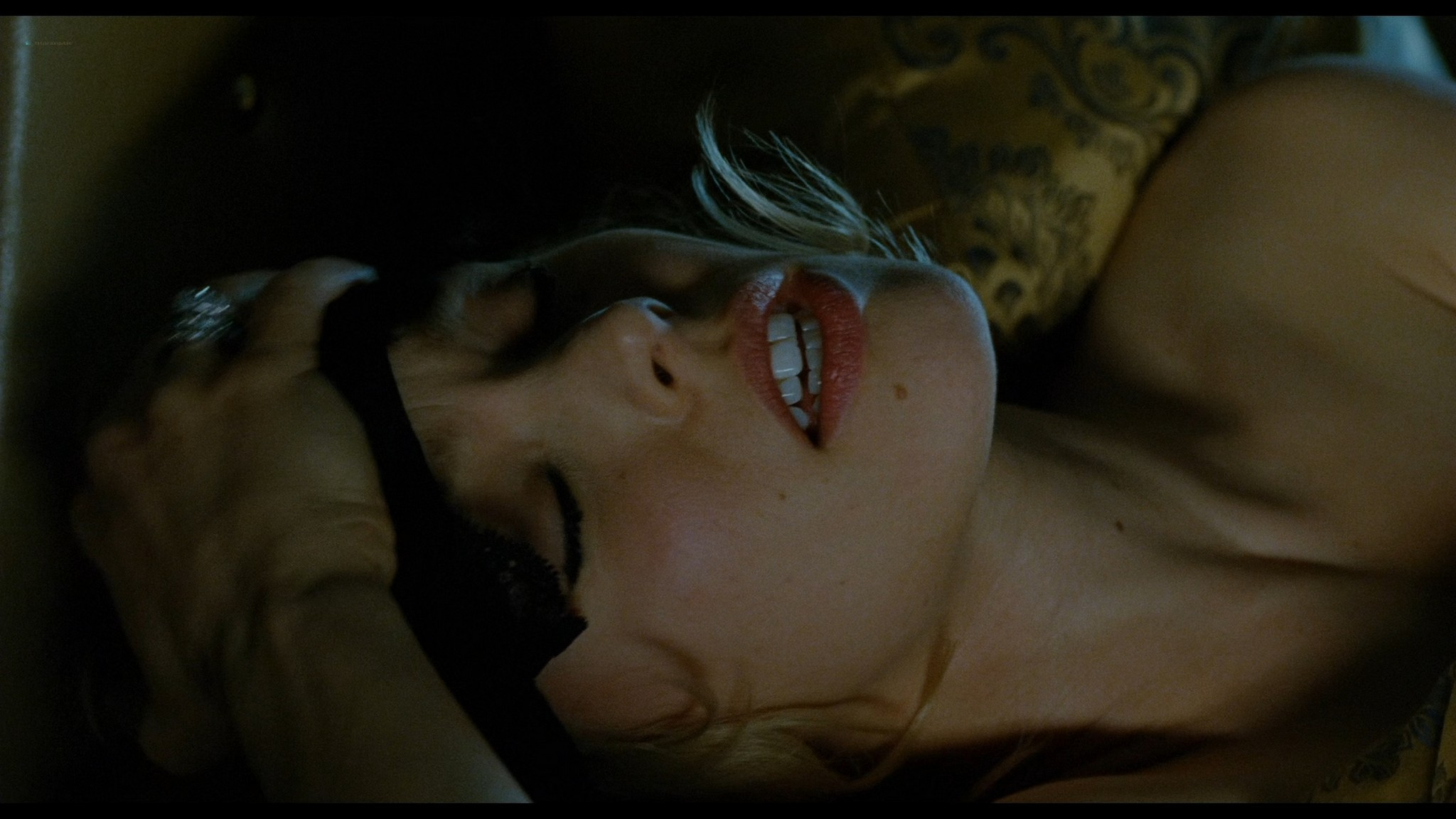 Rachel McAdams hot and sexy in lingerie Passion 2012 HD 1080p BluRay REMUX 3
