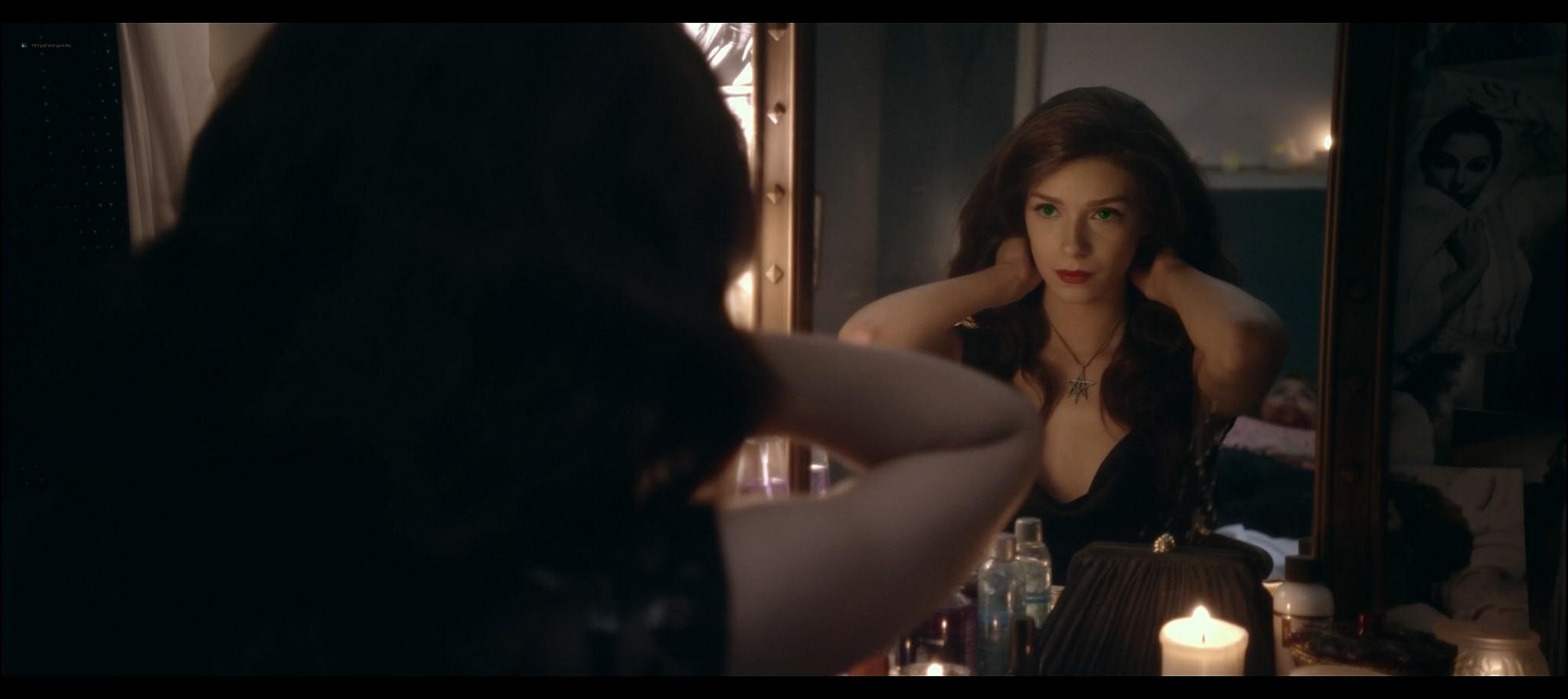 Alex Essoe nude topless Starry Eyes 2014 HD 1080p BluRay 15