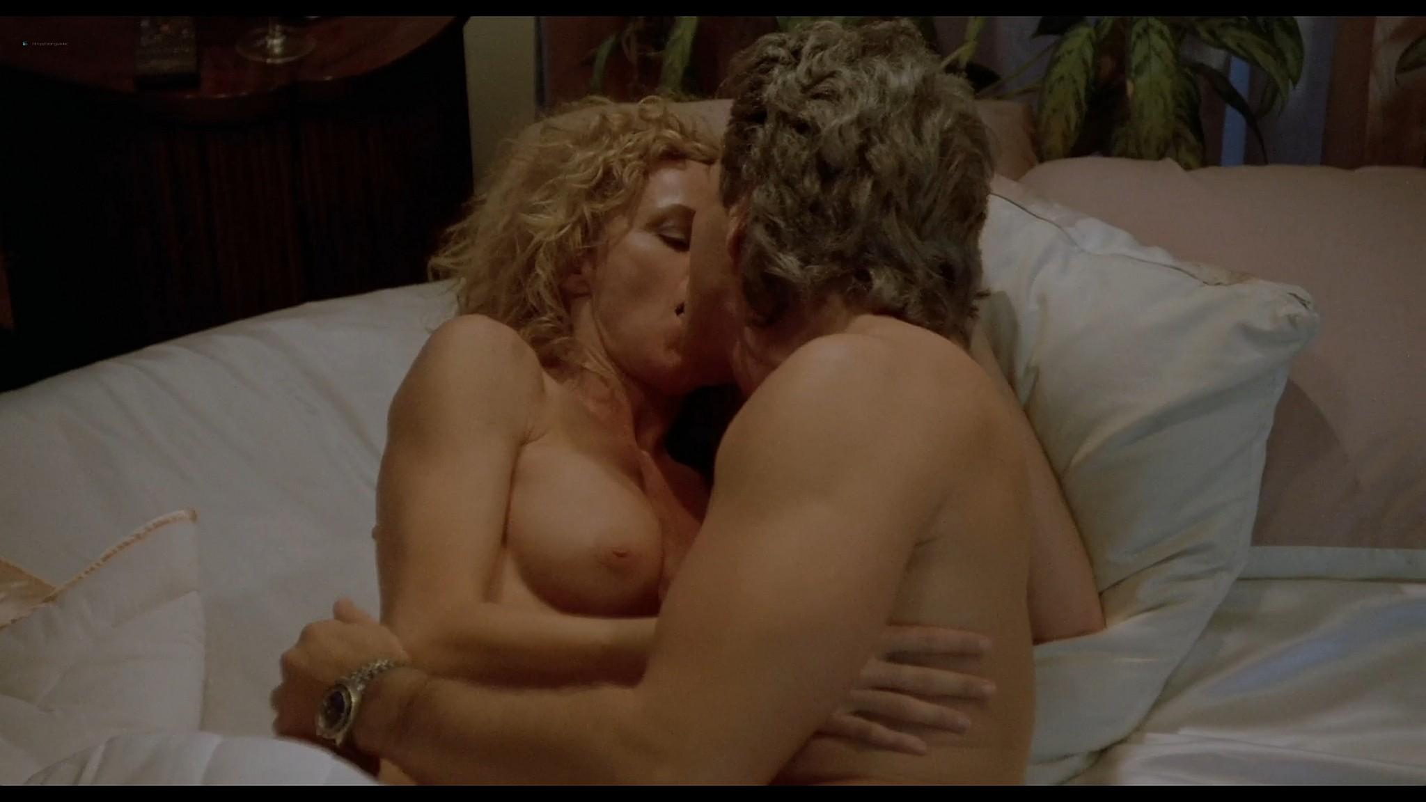 Mayo-Chandler  nackt Karen Beste Vimeo