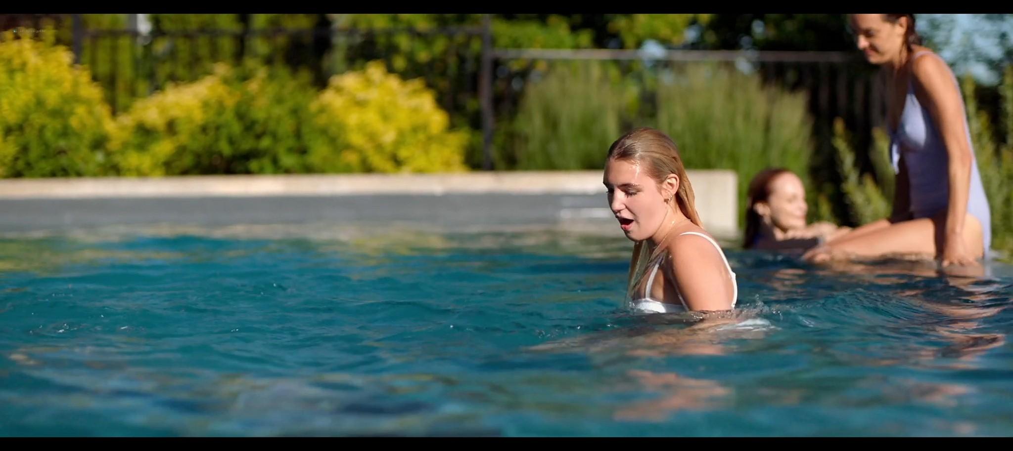 Heather Graham sexy Sophie Nelisse Jodi Balfour hot The Rest of Us 2019 1080p WEB 13