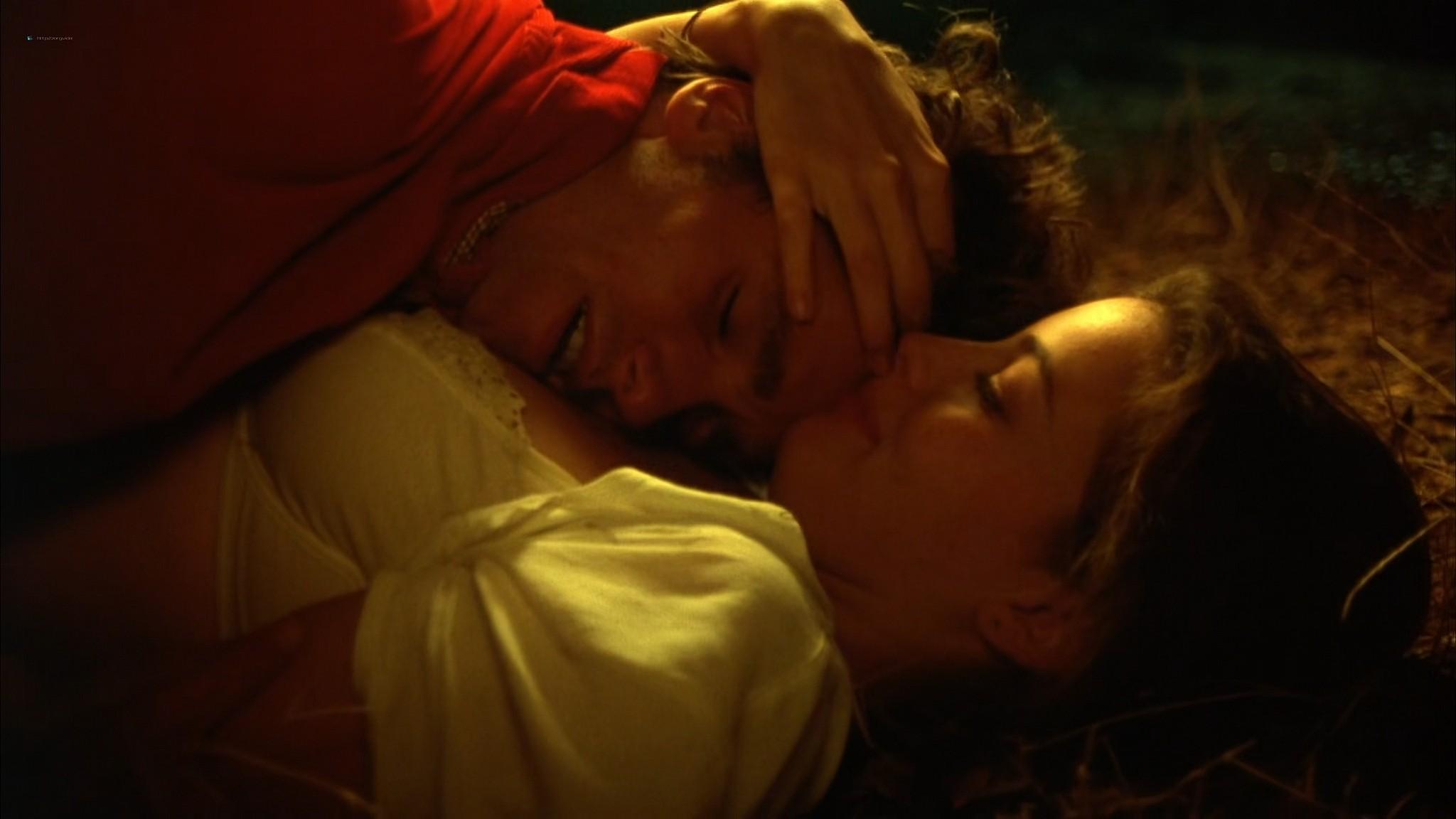 Liv Tyler nude Rachel Weisz Sinead Cusack nude and hot Stealing Beauty 1996 1080p Web 25
