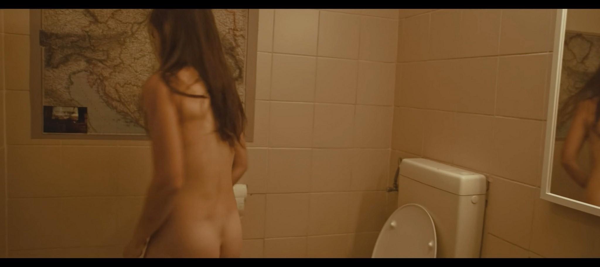 Nelida Martinez nude full frontal Morgenmensch DE 2016 1080p 5