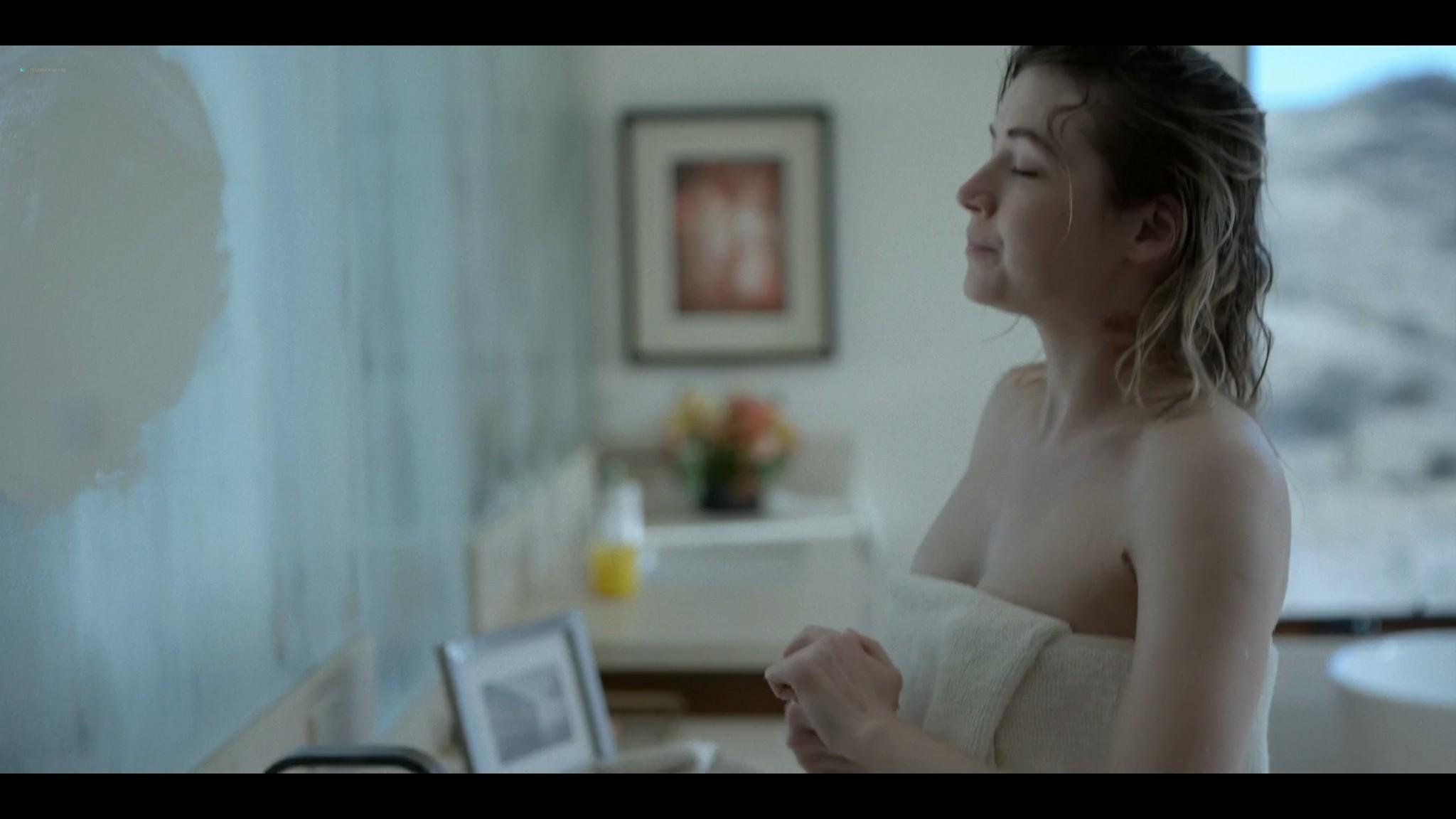 Sarah Bolger nude butt naked Mayans MC 2021 s3e9 1080p 2