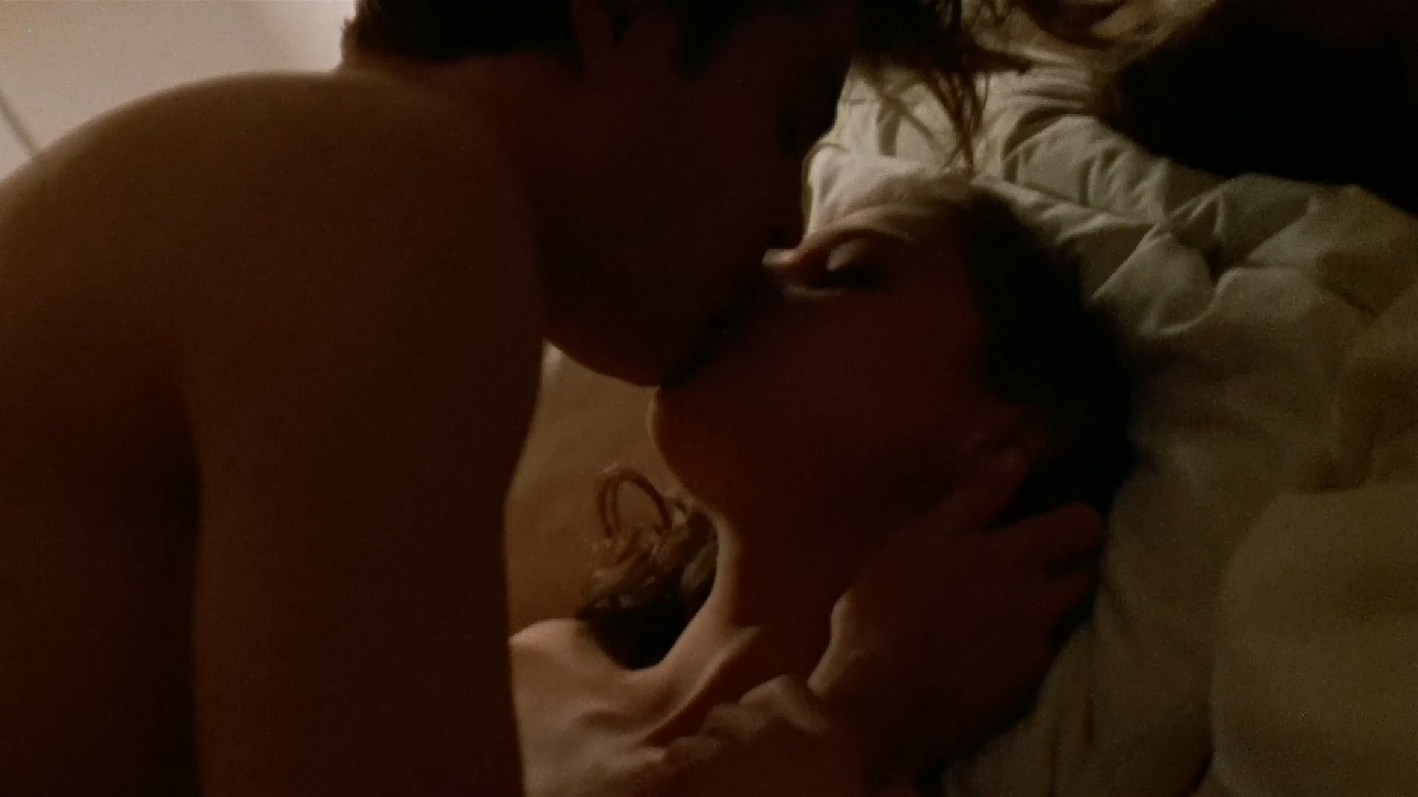 Ashley Judd sexy and some sex Jean Garrido nude Ruby in Paradise 1993 1080p Web 4