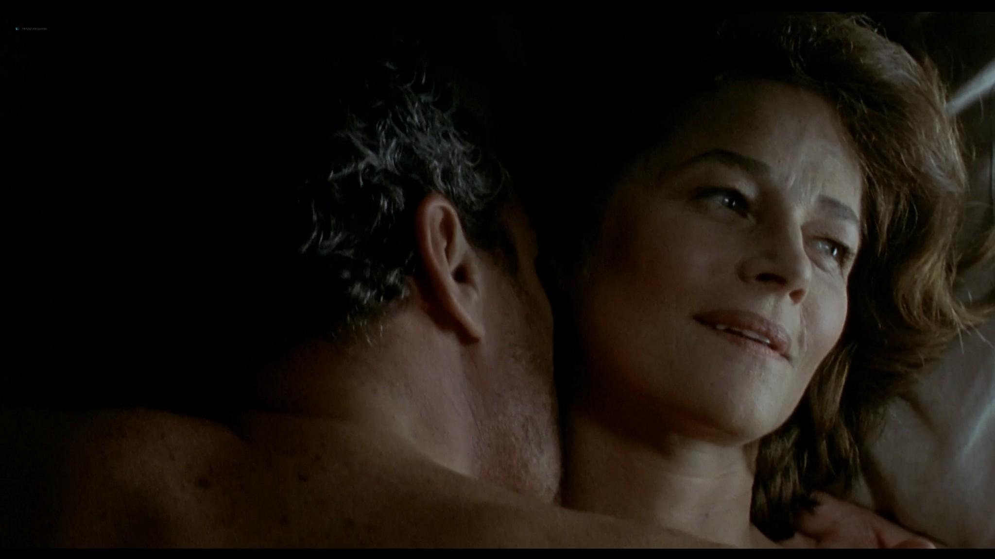 Charlotte Rampling nude sex Maya Gaugler nude full frontal Under the Sand FR 2000 1080p BluRay REMUX 11