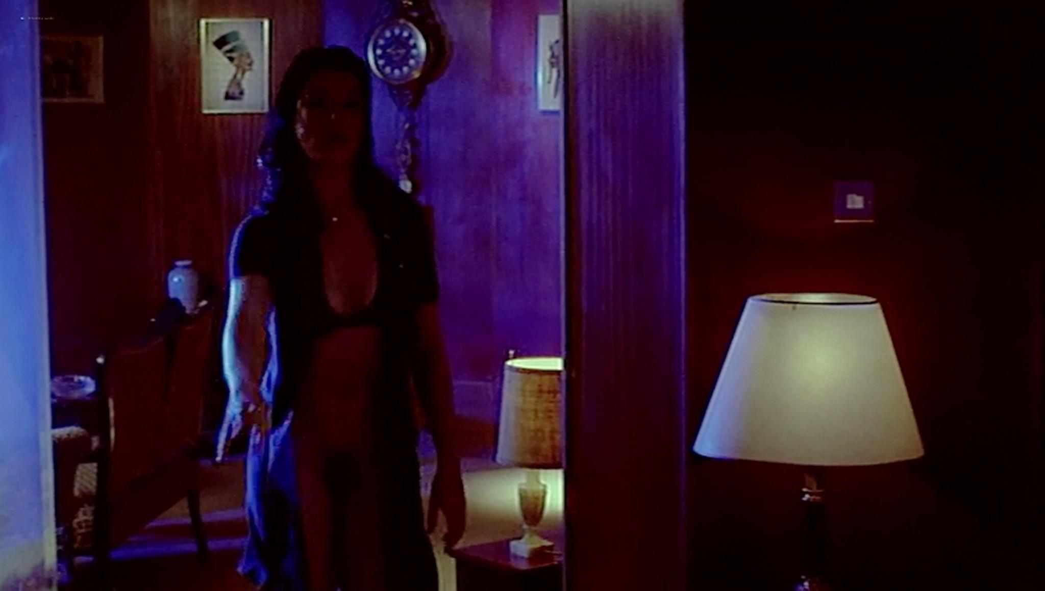 Rachel Weisz nude full frontal Labina Mitevska Dee Dee Menta all nude full frontal I Want You 1998 DVDRip 16