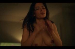Sarah Shahi nude debut lot of hot sex - Sex Life (2021) s1e1 1080p Web