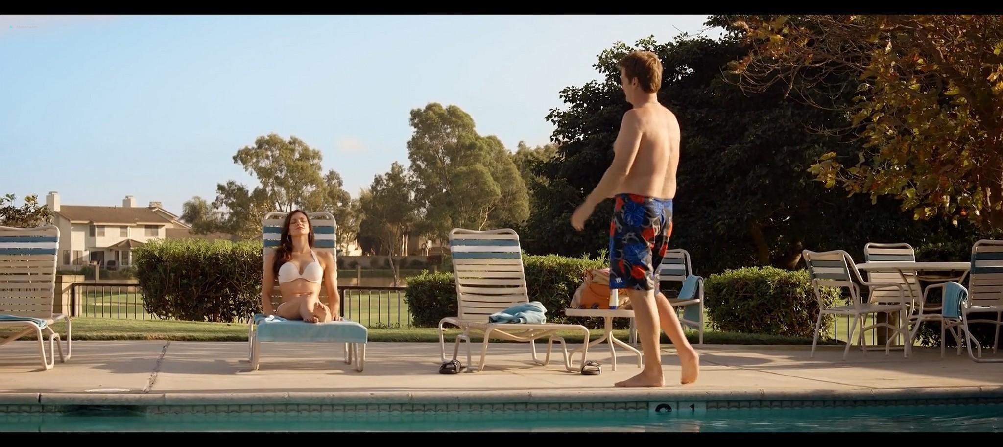 Briana Lane hot bikini and Brea Grant hot Oliver stoned 2014 HD 1080p BluRay 14