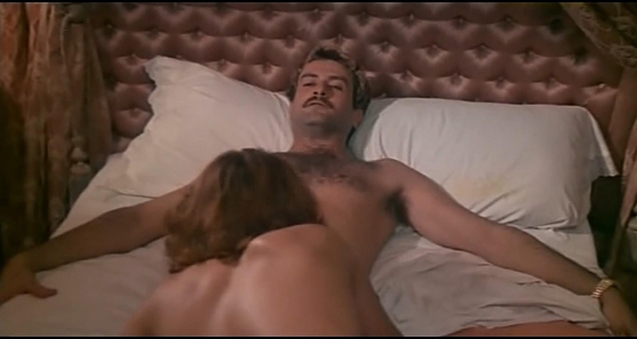 Gloria Guida nude full frontal Marilda Dona nude too L affittacamere IT 1976 DVDRip 15