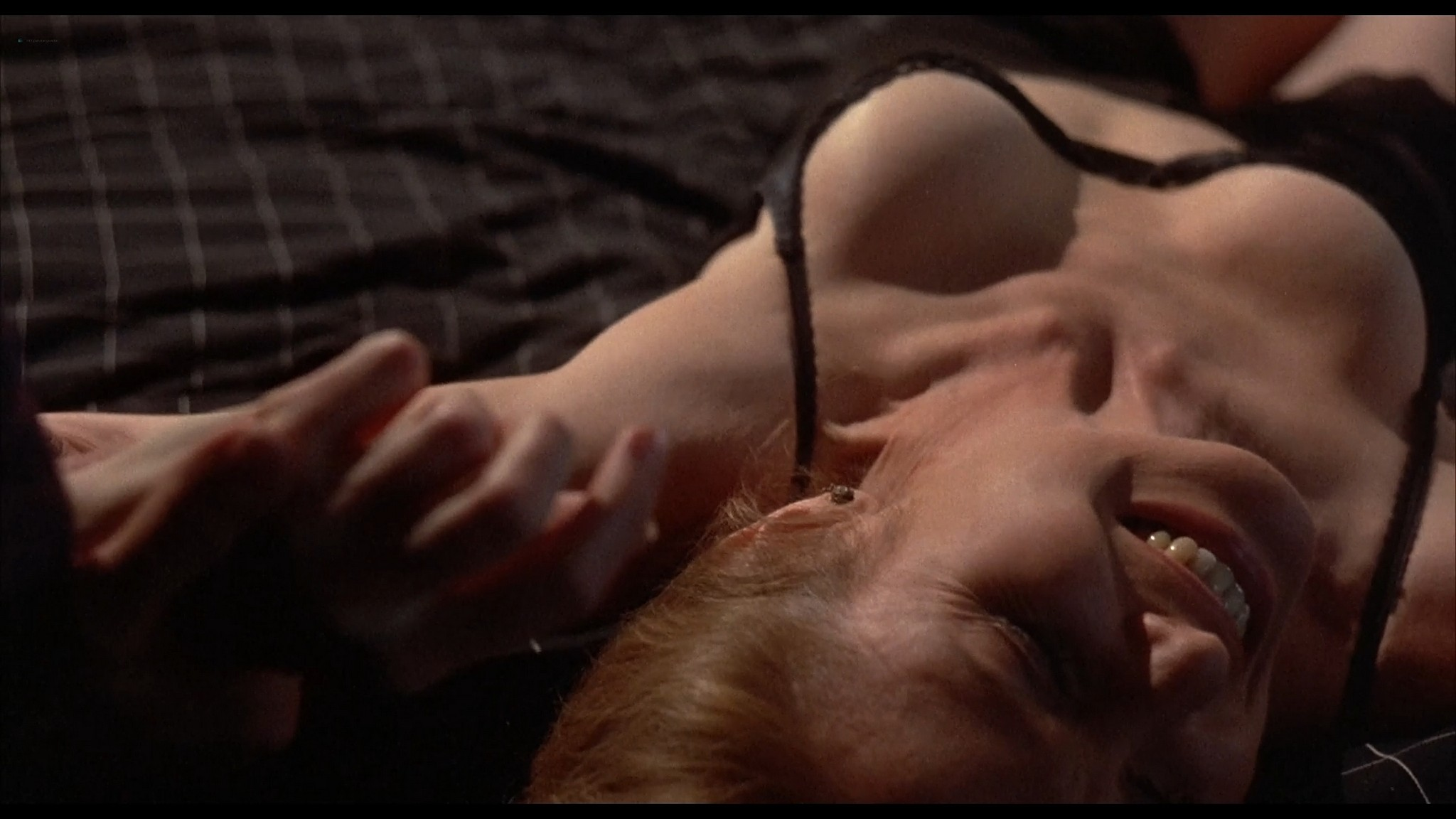 Victoria Tennant sexy Claudia Stenke nude topless Best Seller 1987 1080p Web 7