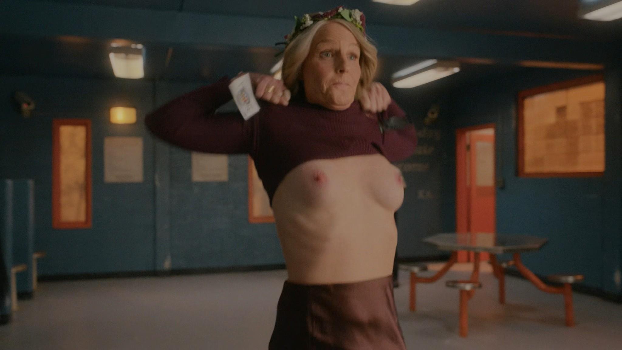 Helen Hunt nude topless Blindspotting 2021 s1e8 UHD 2160p Web 2