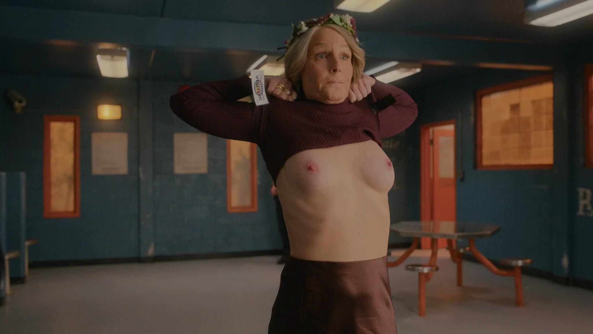 Helen Hunt nude topless Blindspotting 2021 s1e8 UHD 2160p Web 4