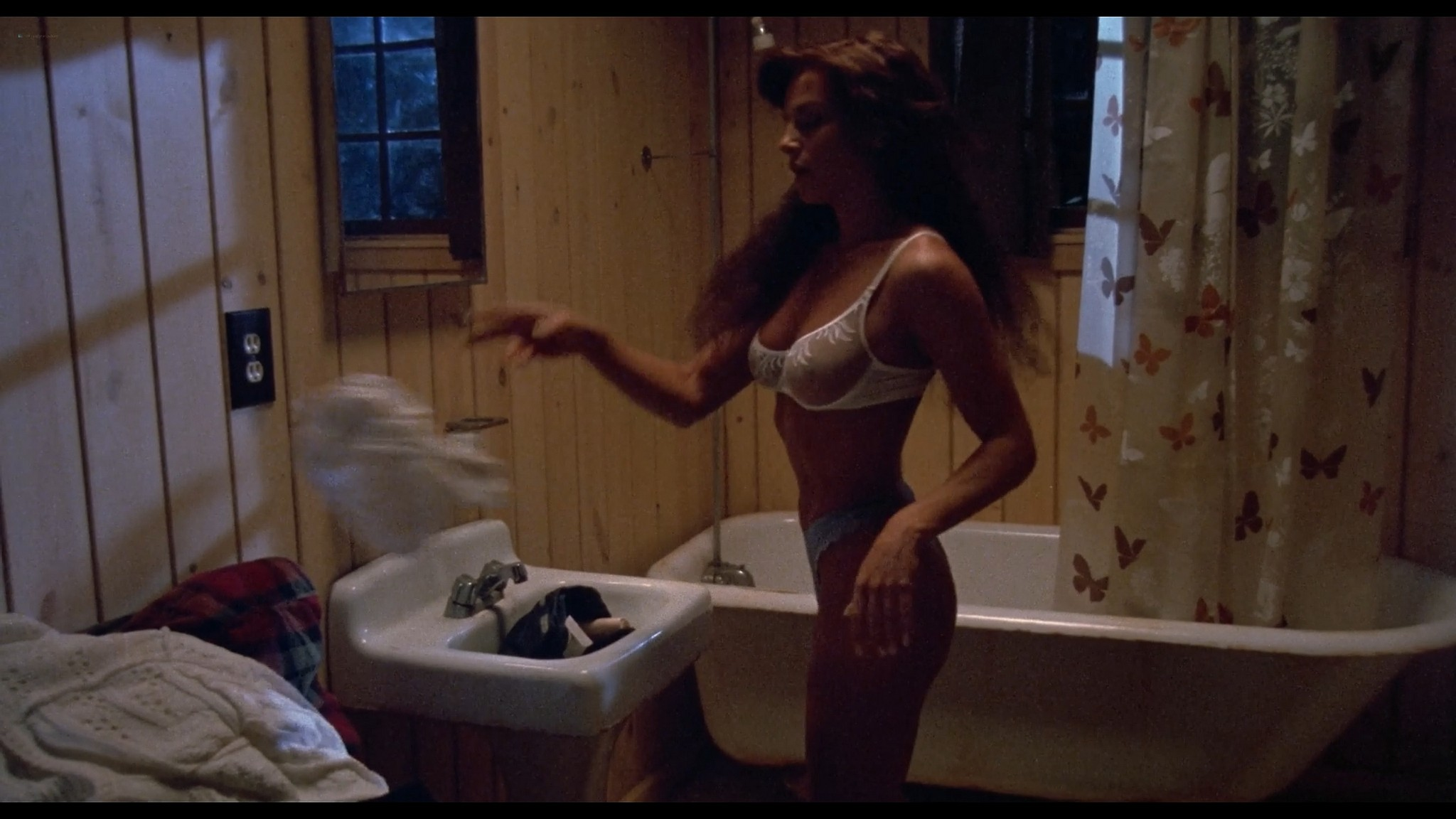 Julie Michaels nude butt and boobs Kathryn Atwood and others nude and sexy Jason Goes to Hell 1993 1080p BluRay 3