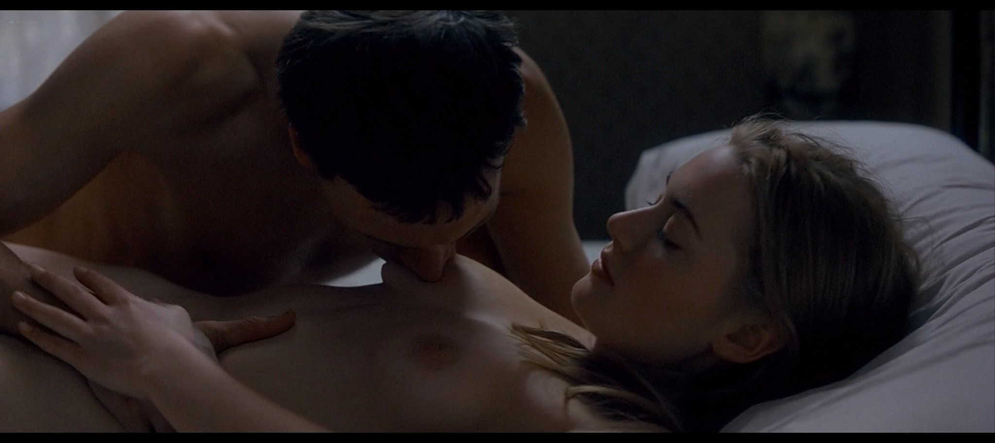 Kate Winslet nude bush and topless and Rachel Griffiths nude topless Jude 1996 1080p Web 16