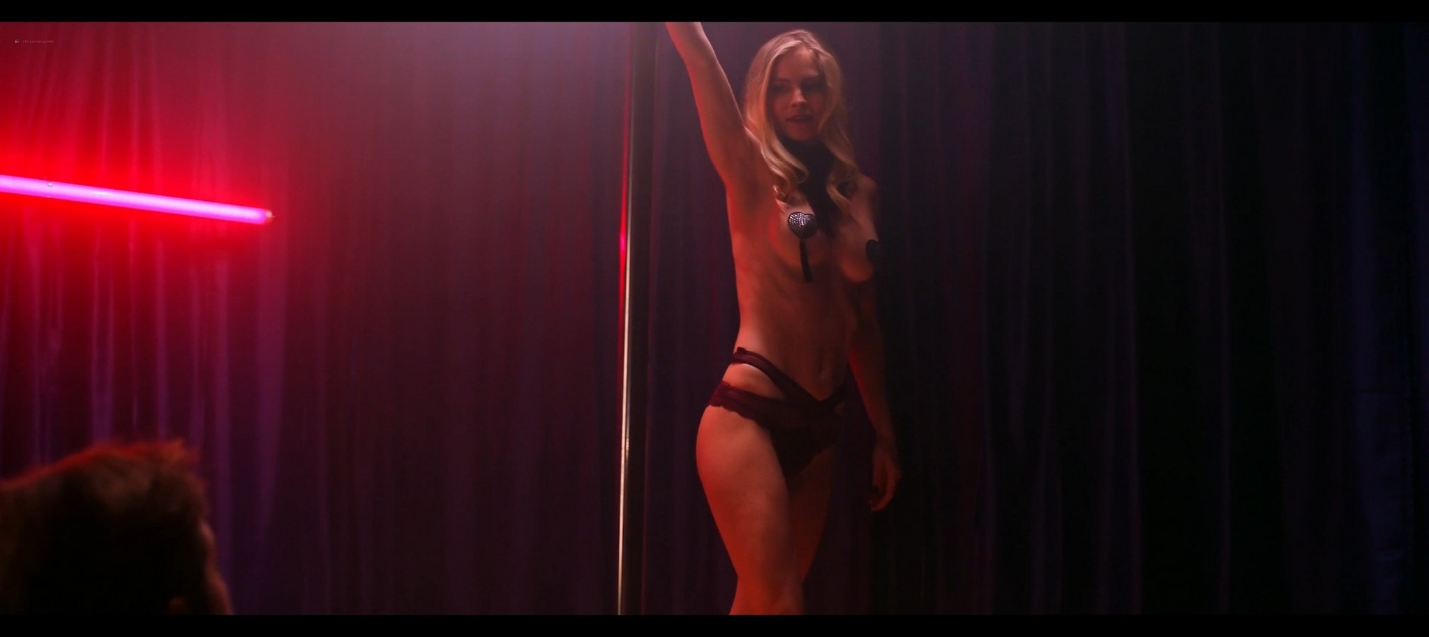 Kenzie Dalton hot Drue Knapp Ava Locklear sexy A Dark Foe 2021 1080p Web 11