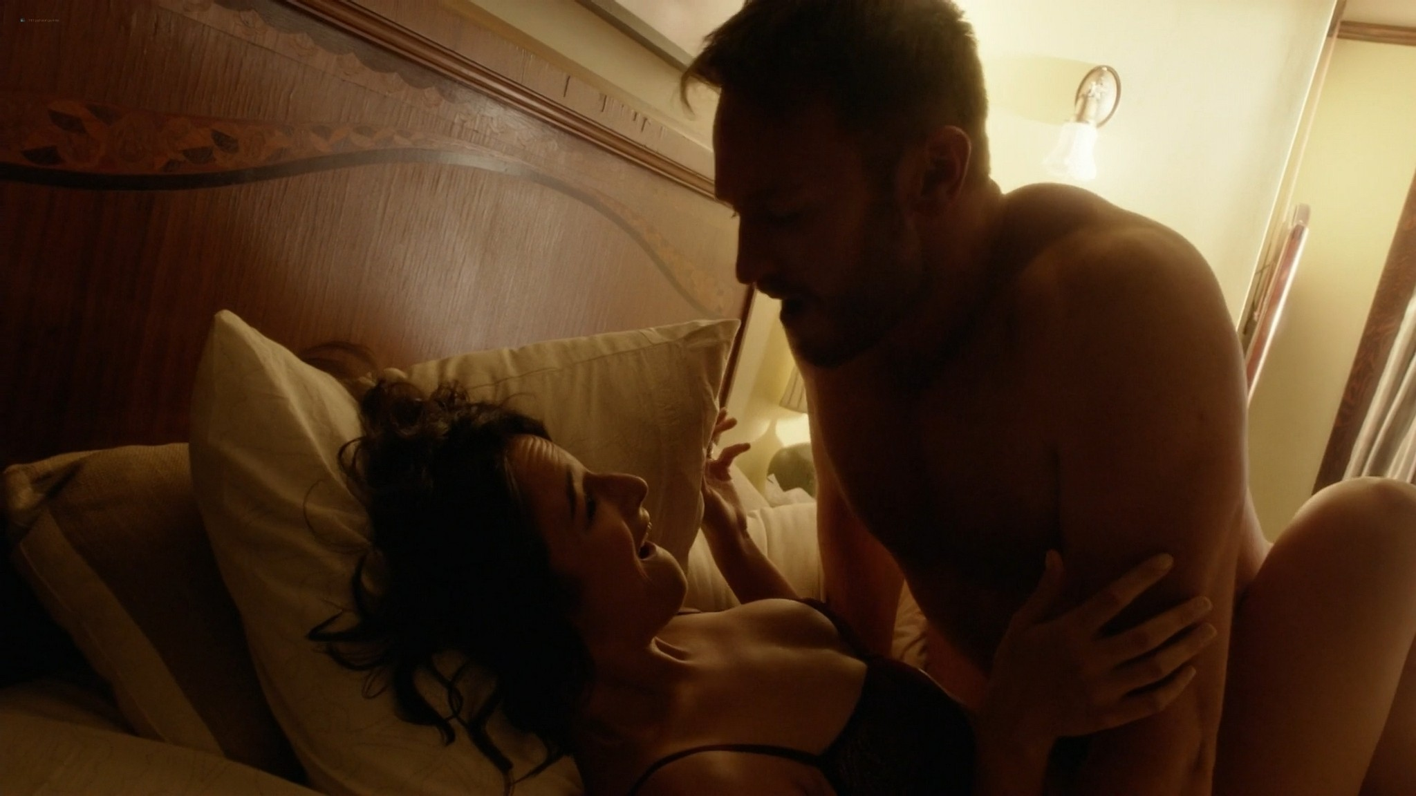 Dawn Olivieri nude sex Alice Hunter topless Jenny Slate Eliza Coupe sexy and sex House of Lies 2014 s3 1080p Web 11
