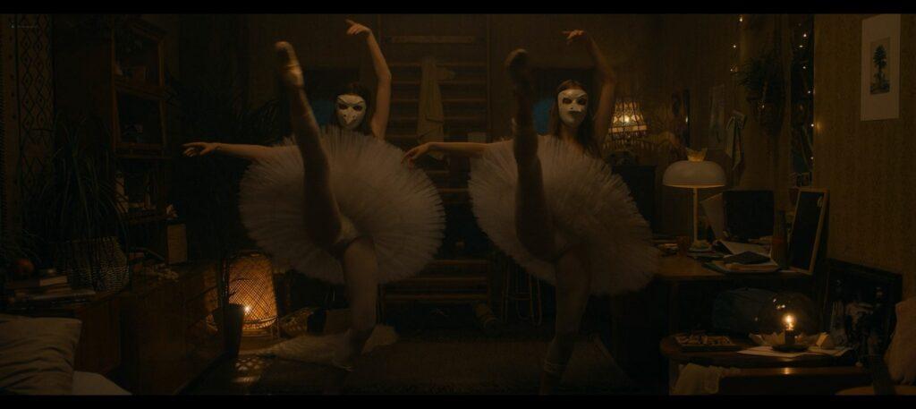 Kristine Froseth hot Diana Silvers sexy Birds of Paradise 2021 1080p Web 15