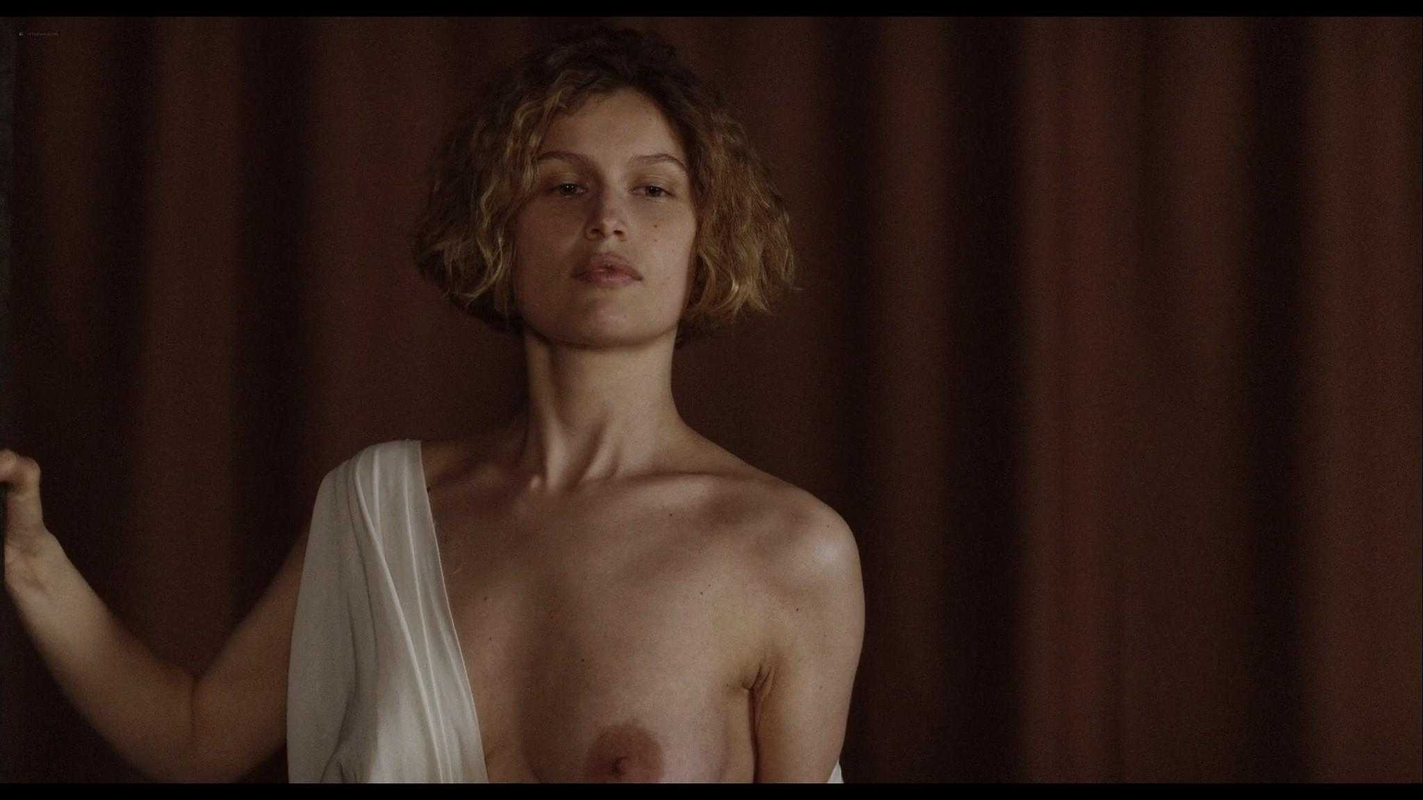 Laetitia Casta nude topless and very hot La jeune fille et les loups 2007 HD 1080p BluRay 4