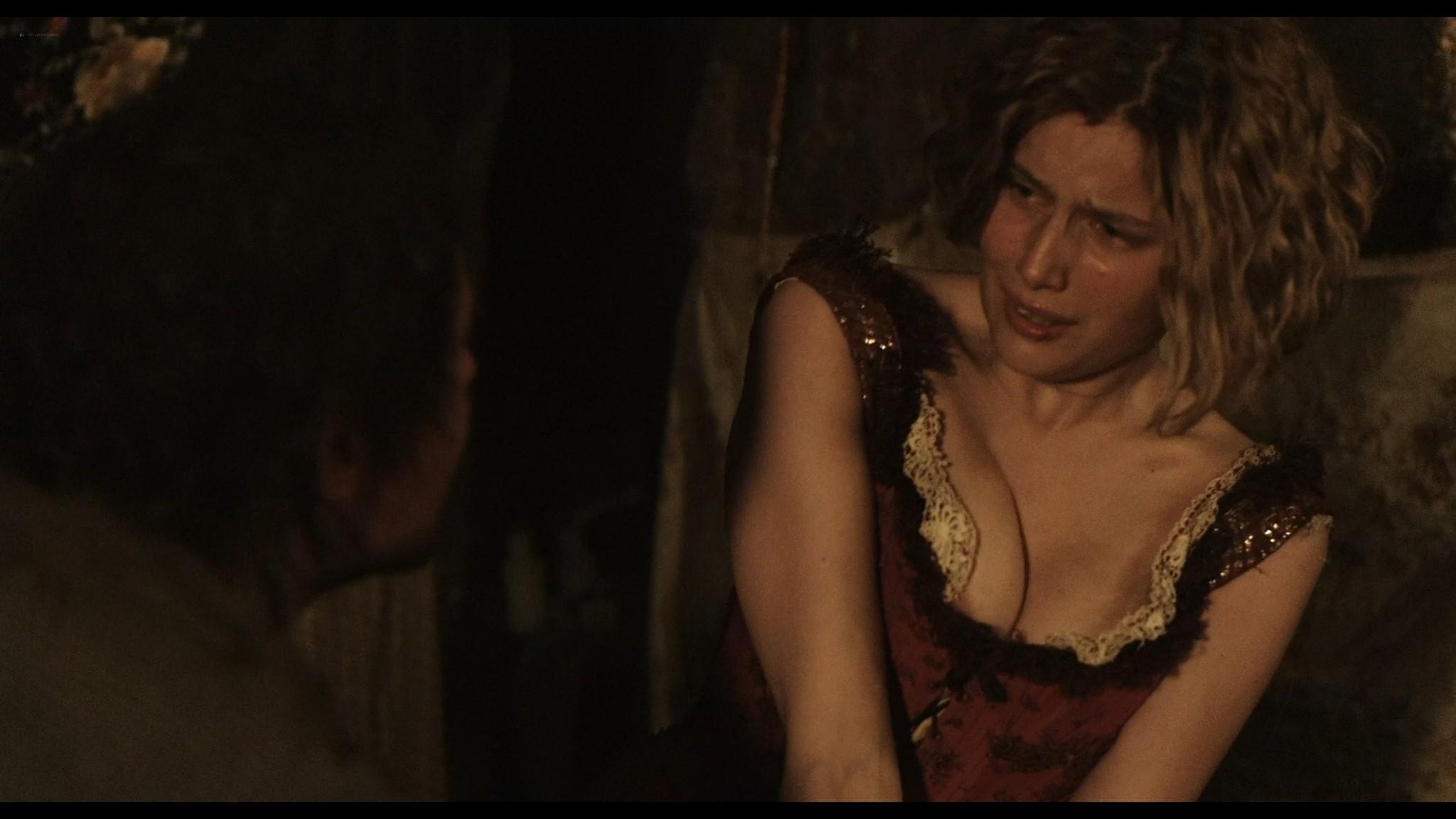 Laetitia Casta nude topless and very hot La jeune fille et les loups 2007 HD 1080p BluRay 7