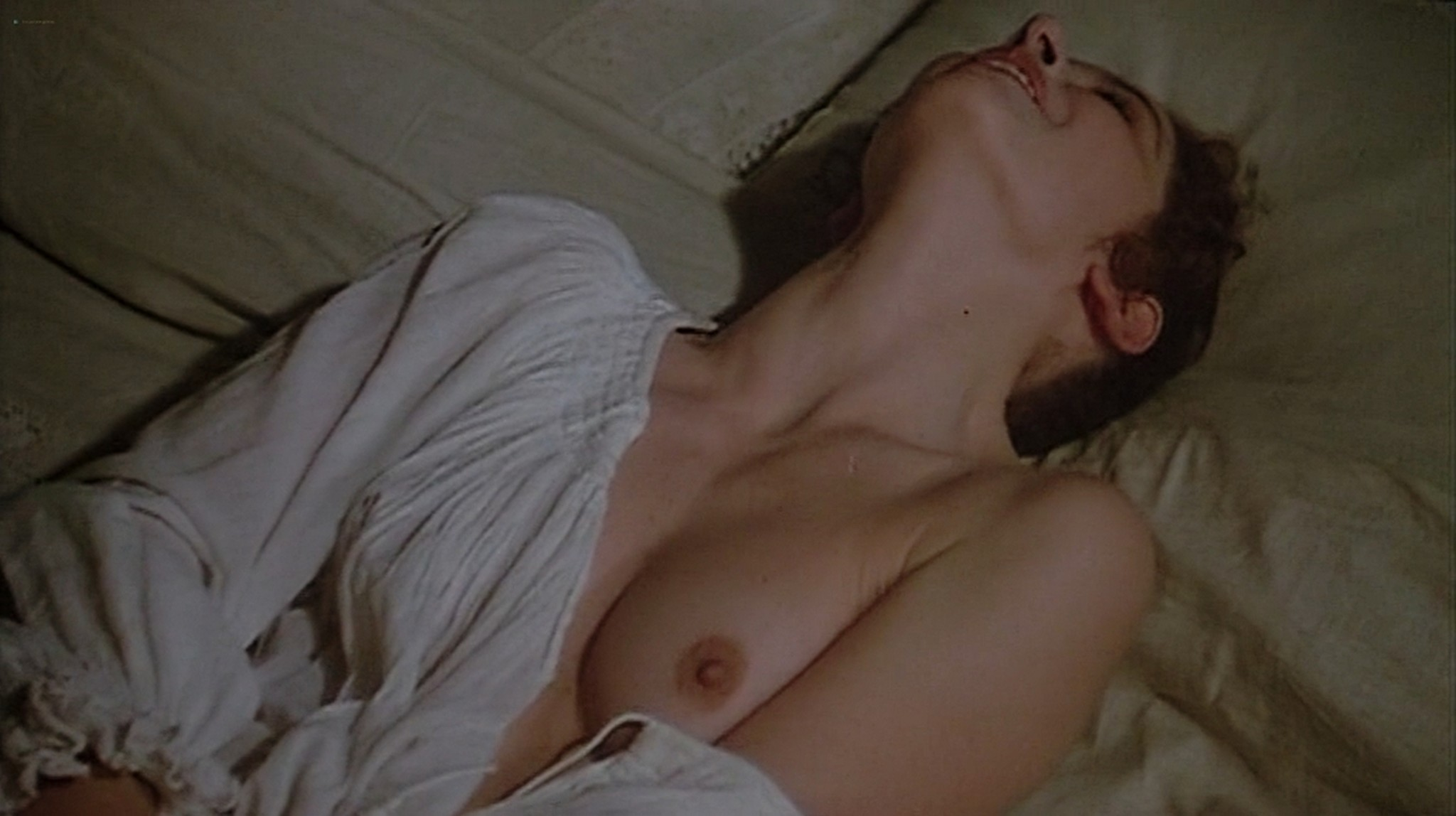 Laura Antonelli nude topless and sex Monica Guerritore nude topless and Clelia Rondinella nude lesbian sex La Venexiana 1986 DVDRip 15
