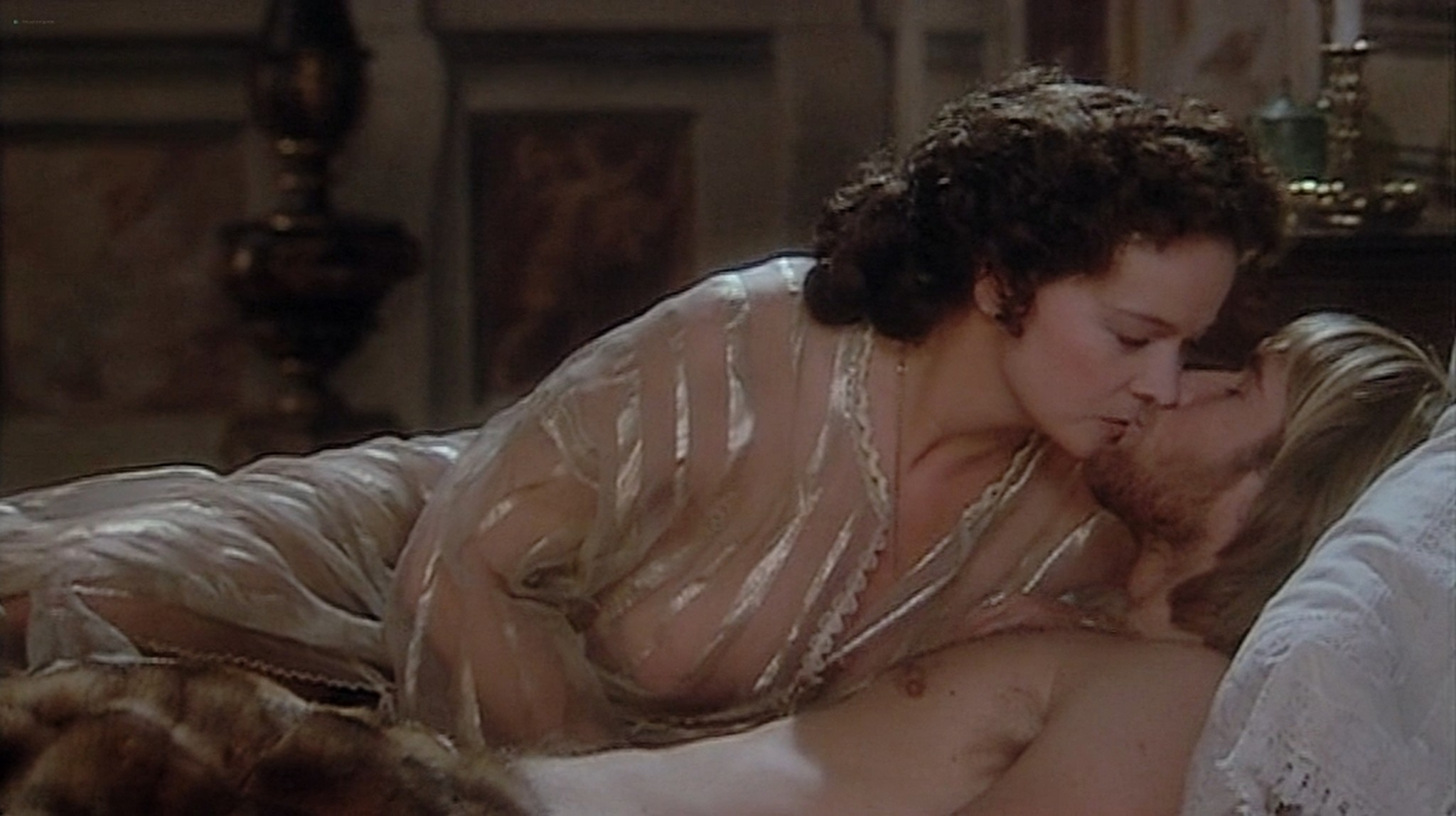 Laura Antonelli nude topless and sex Monica Guerritore nude topless and Clelia Rondinella nude lesbian sex La Venexiana 1986 DVDRip 16