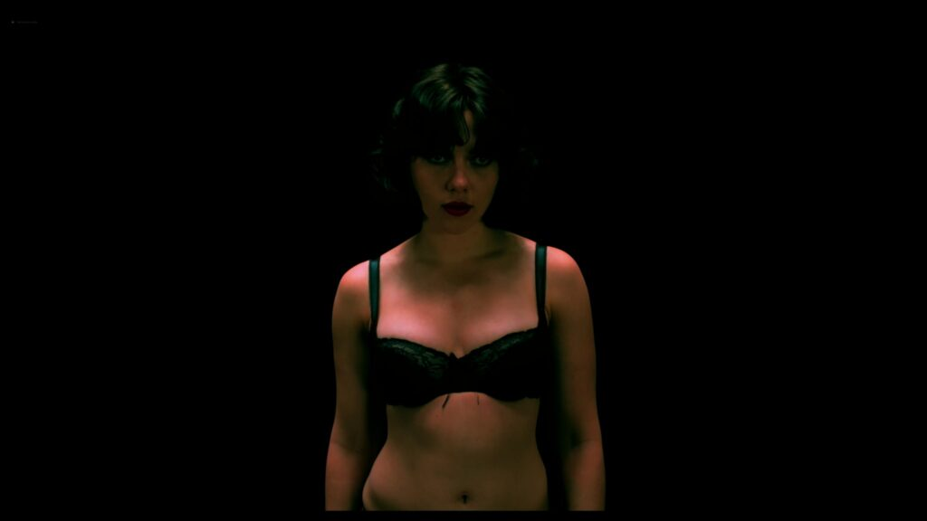 Scarlett Johansson nude full frontal Lynsey Taylor Mackay nude Under the Skin 2013 UHD 2160p 10