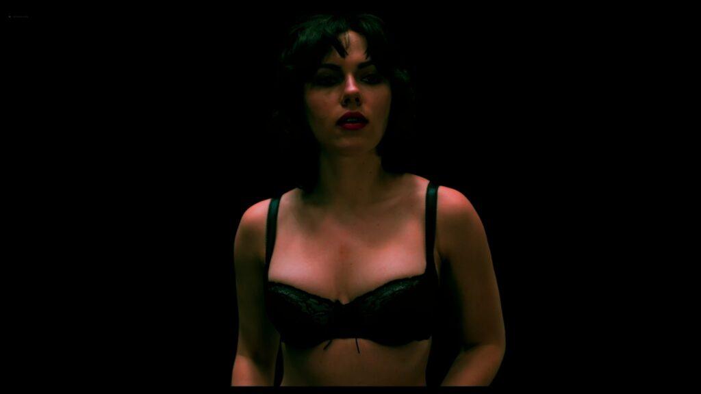 Scarlett Johansson nude full frontal Lynsey Taylor Mackay nude Under the Skin 2013 UHD 2160p 9