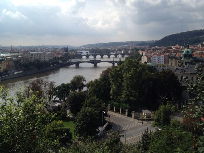 Praga vista do parque Letná. É ou não é de arrepiar? | Foto: Henrique Andrade Camargo
