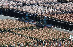 Celebrações russas no Dia da Vitória contaram com desfile militar. Ao todo, 6 mil soldados exibiram o poder russo   Foto: Kremlin